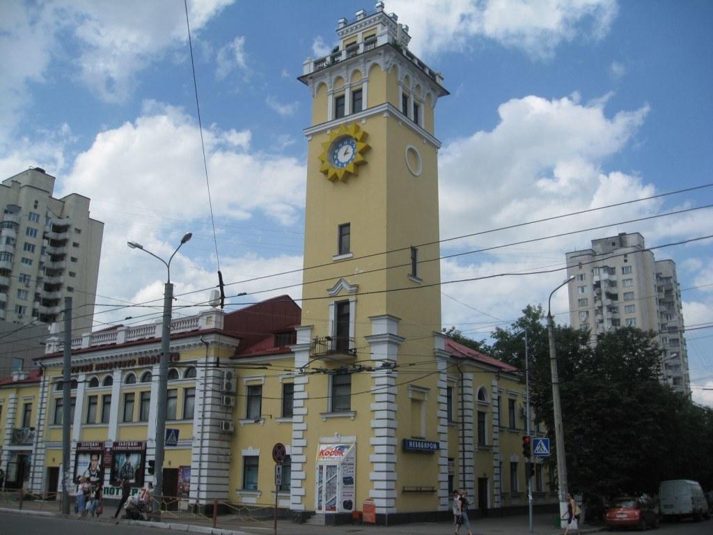 Stroitelstvo-Modulnyx-Zdanij-V-Xmelnickom